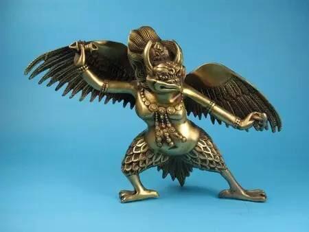 金翅大鹏鸟出逃,十八罗汉前去捉拿,降龙伏虎现出真身大战视频