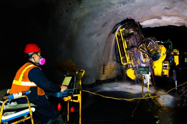 矿业变革——数字化矿山:机械代替人工下井