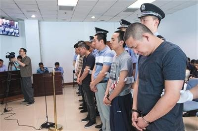 找考生拍试题外传 通州7人组织作弊受审