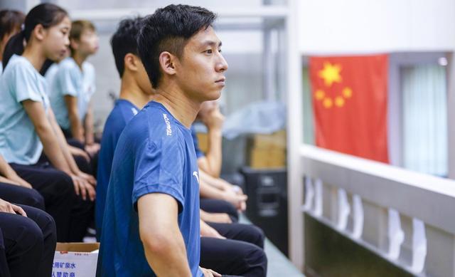 """中国花样滑冰队向国家体操队""""跨项取经"""""""