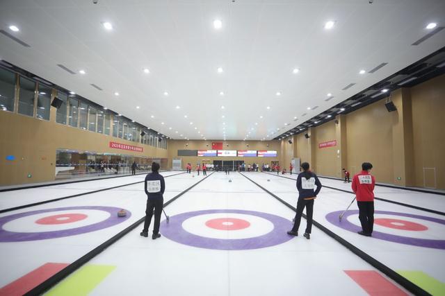 2020北京市青少年冰壶锦标赛在大兴开赛