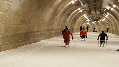 中国残疾人越野滑雪队抵达芬兰顺利开训