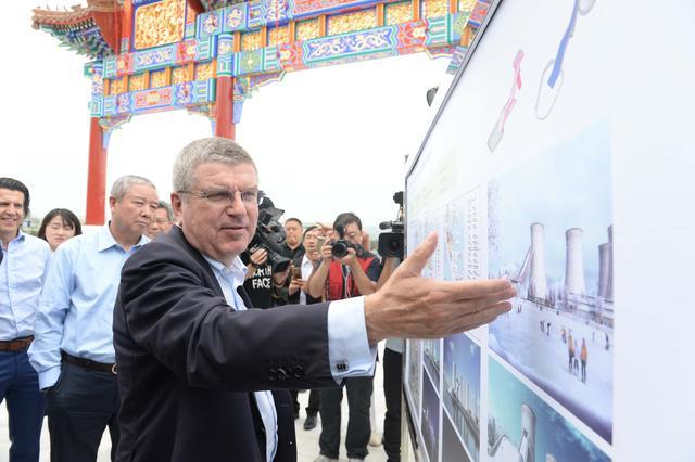 巴赫高度评价北京冬奥会筹办工作