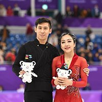 Sui/Han Win Silver in Figure Skating Pairs