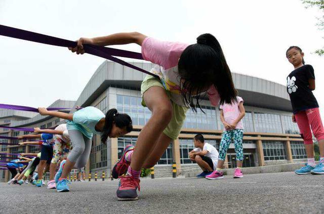 炎炎酷暑 延庆赛区青少年冰雪轮滑队集训启动