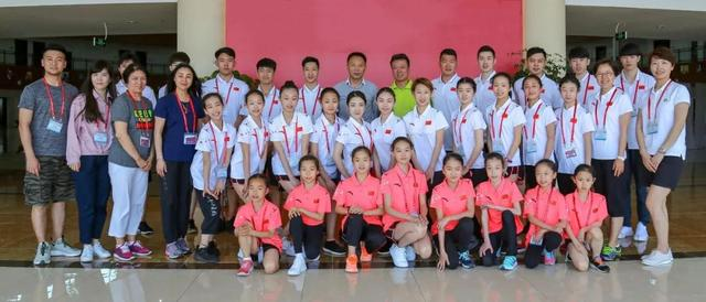 中国花滑双人滑海选集训在三亚展开