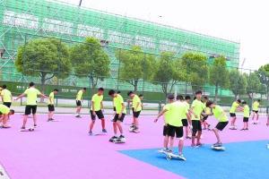 500余跨界选手南京苦练 中国单板滑雪期待北京蜕变