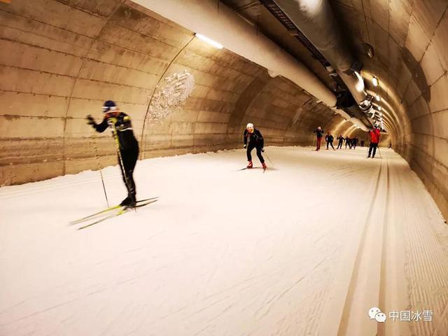 国家越野滑雪青年集训队在芬兰沃卡提训练