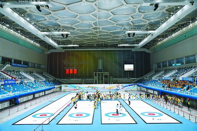 冬奥会北京两大赛区8个竞赛场馆全部完工 冰丝带智慧起舞 新首体绿色重生
