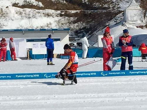 突破!郑鹏创中国队冬残奥会个人项目最好成绩