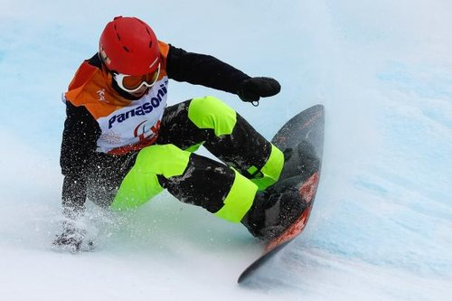 Sun Qi épatant à la Coupe du monde de para snowboard de Landgraaf