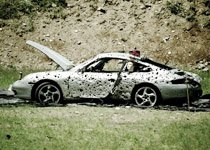 机枪扫射保时捷911