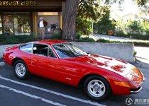 法拉利中经典的365 GTB 跑车