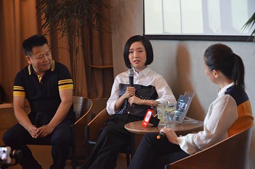 樊小纯出新书:众多文艺大咖都是她的读者