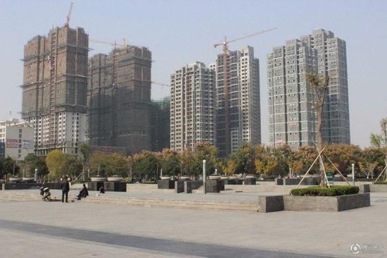 """烈日阳光下的一处""""树荫""""亳州天然清凉住宅区"""