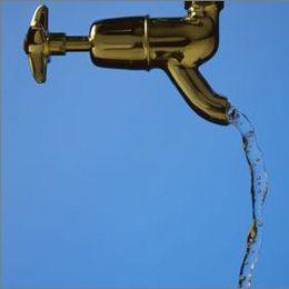 排毒素 清晨第一杯水怎样喝最健康(组图)