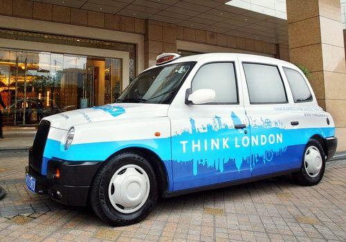 揭秘将在成都服役的吉利无障碍英式出租车图片