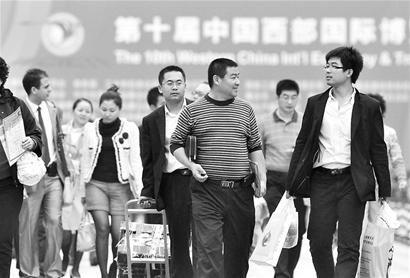 """6万嘉宾赴会 我省旅游又迎""""黄金周"""""""