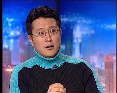 央视主持人张腾岳撞车逃逸 解释是因为肠炎腹泻