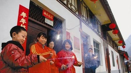 青川:援建工作人员春节坚守 所有项目均没停工