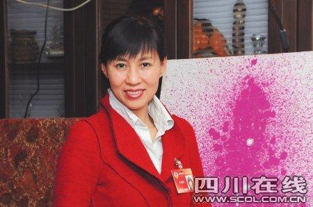 政协委员张晓梅回应提案:没人愿意雷人(图)