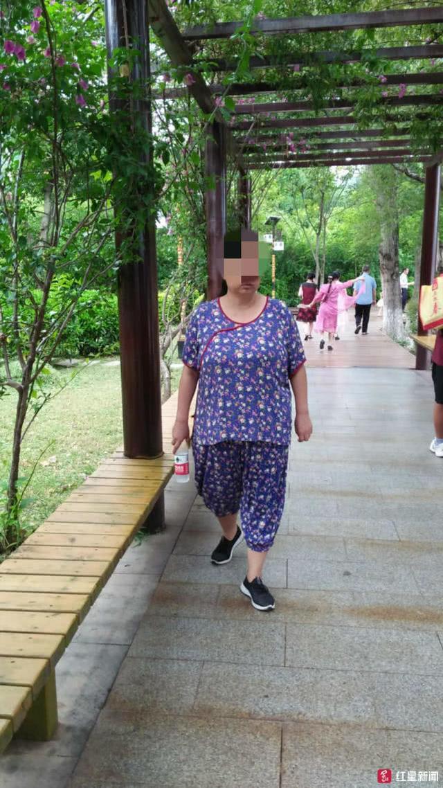 攀枝花女性术后体内遗剩3块纱布匹身故 考查结实颁布匹
