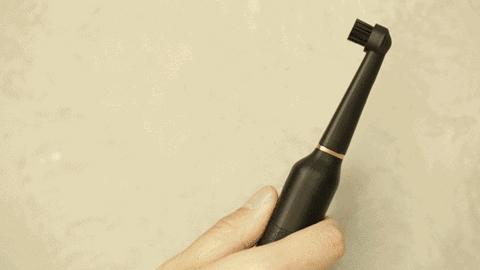 牙龈出血、牙齿刷不干净 可能是你的牙刷没选对