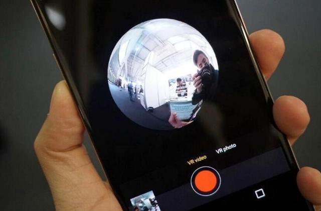 中国厂商再开脑洞 推带有VR相机的智能机