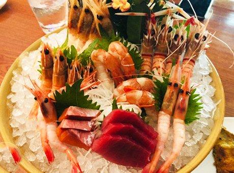 吃了2小时的豪华海鲜自助餐 鳌虾刺身随便点