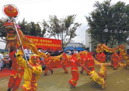 成都刘氏家族入川300余载 逢年舞龙祭祖传家训(图)