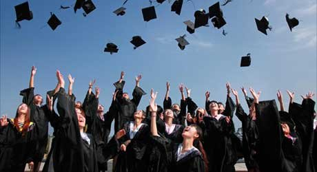 我国高等教育在学总规模达到3779万人