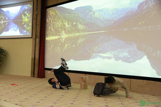 第二届全国大学生环保知识竞赛启动仪式在成都