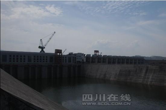 大渡河安谷水电站首台机组力争10月投产发电(图)