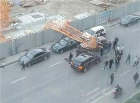 成都10天內連發兩起塔吊倒塌致人傷亡事件