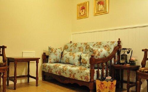 欧式蓝色沙发装修图