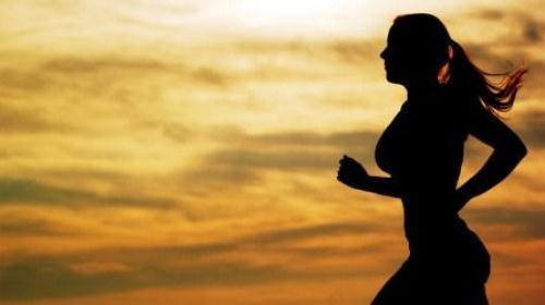 跑步后如果只有一个人 怎么进行按摩放松