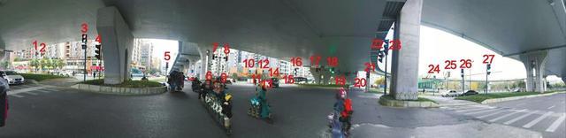 成都一路口37个红绿灯追踪:交警现场问诊 建议优化