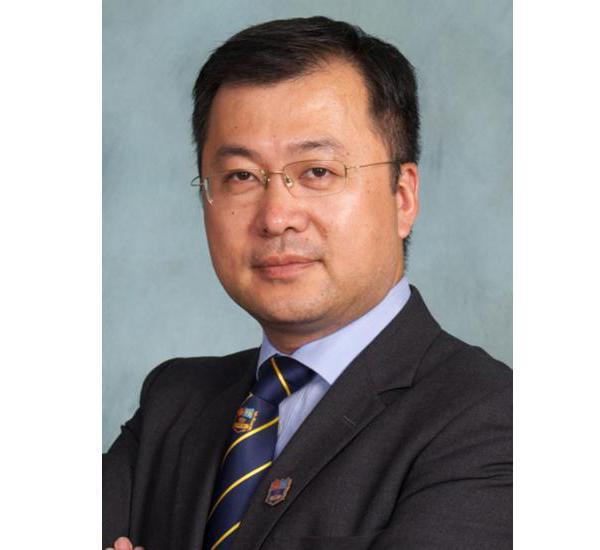 柏文军:一位懂得打造中国顶级国际学校的金融学博士