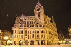 格鲁吉亚超全自由行攻略 从来没见过齐腿深的大雪