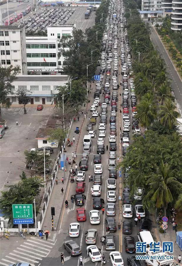 人在囧途:成都自驾游客5.5公里走了18个小时