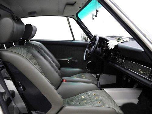 复古与性能完美结合 保时捷911s复古版高清图片
