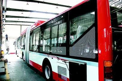 1路、52路、81路等客流量较大的公交线路-首台 大肚 公交 昨日下线