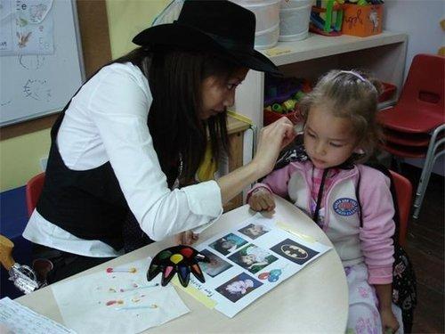 """""""六一""""儿童节给娃送点啥:金条定投和保险?"""