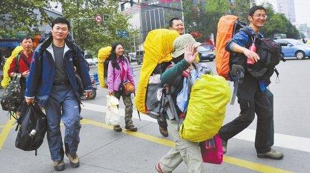 成都国庆大假过半 近郊旅游开始降温(图)