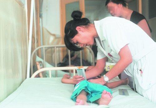 成都43个孩子儿童医院就诊 近4成冲着性早熟
