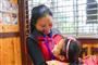 贫困村里的特殊职业:全村孩子都叫她妈妈