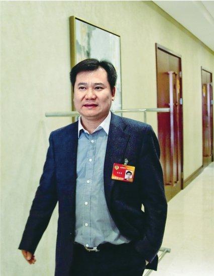 苏宁董事长:家电下乡可考虑取消产品认证