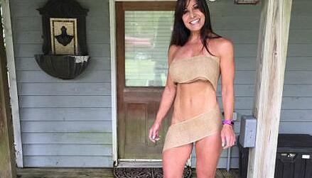 50岁农妇身材完爆少女