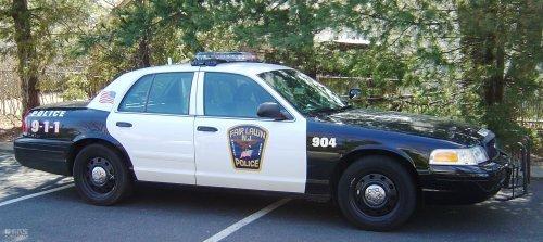 早几年,美国警车还多数是雪佛兰英帕拉,福特维多利亚皇冠,以及道奇