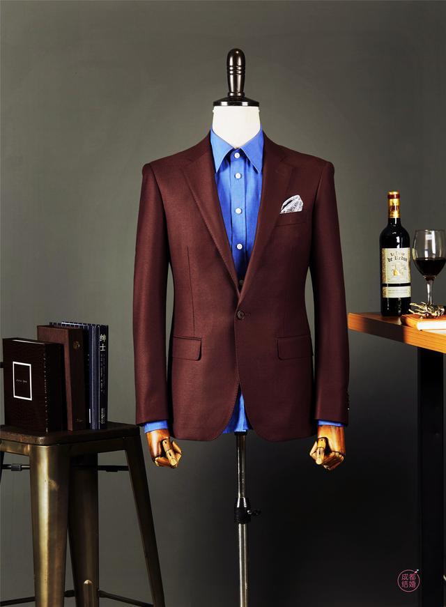 新郎穿老裁缝定制的西服 真的太帅了